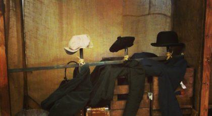 Kuva esityksen Sontiainen lavasteista.